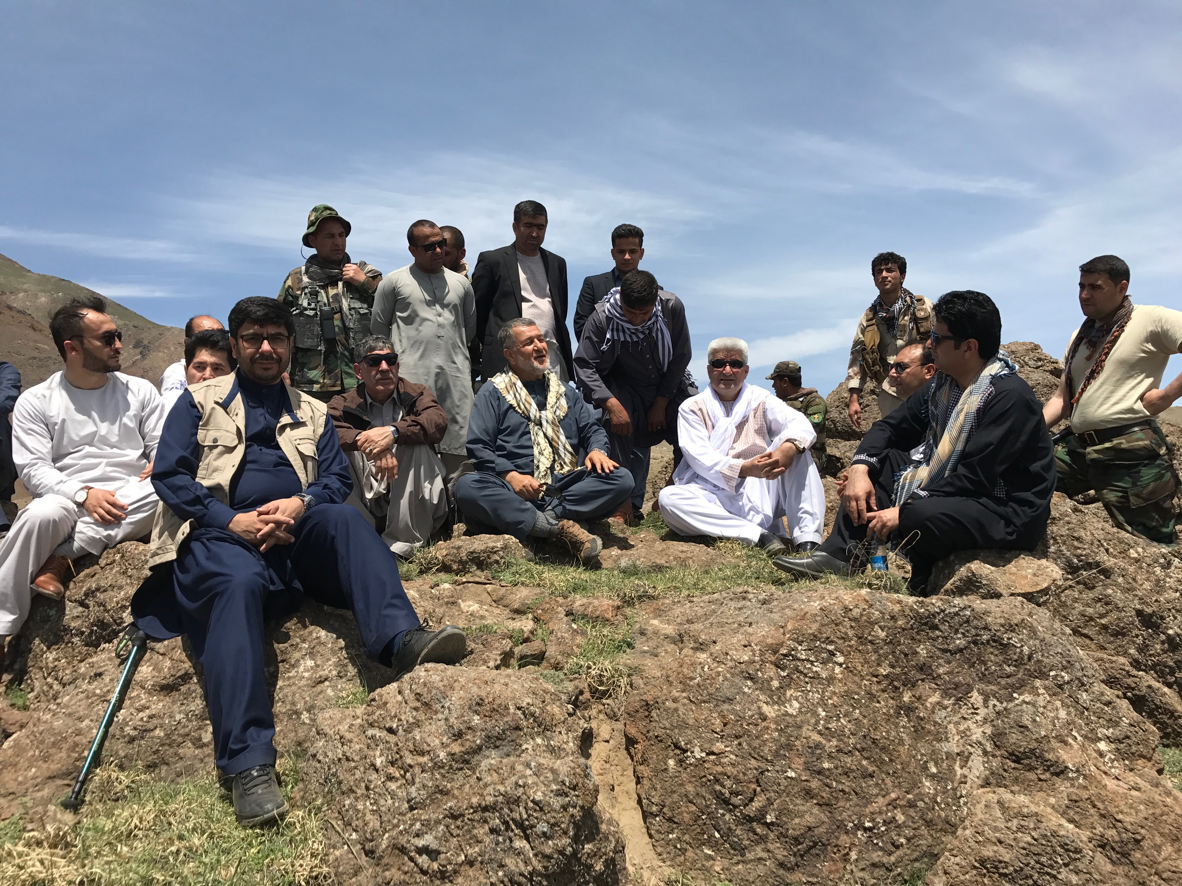 با محترم بسم الله محمد وزیر پیشین دفاع بر فراز تپههای گلبهار