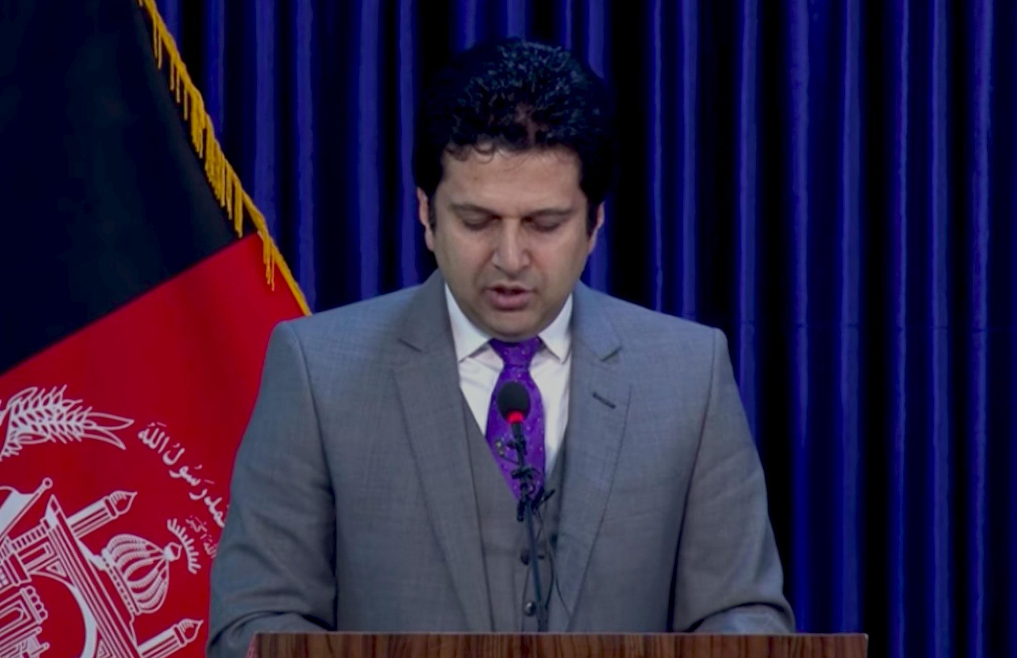 نشست خبری (۳) دکتور مجیب الرحمن رحیمی سخنگوی ریاست اجرائیه