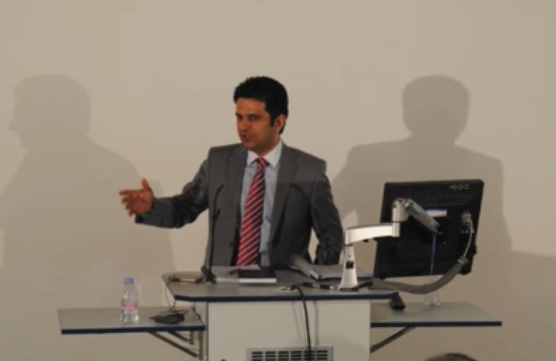 بخش اول: سخنرانی در باره نظامهای سیاسی در دانشگاه کنگستن لندن
